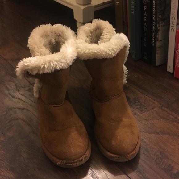d537c831ee1 Loved Target Brand Ugg Boots